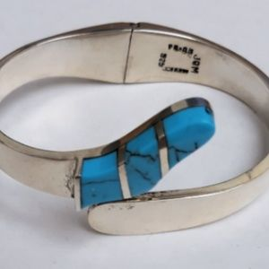 Jewelry - Vtg Sterling TAXCO Turquoise Inlay Clamper Bangle
